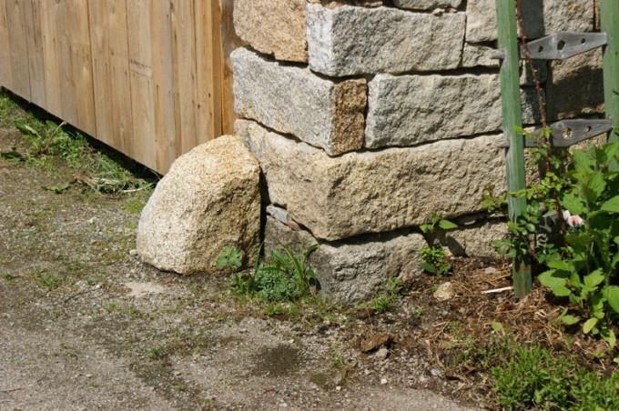 prellsteine tor granit 02