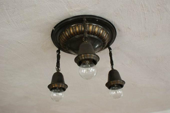 alte-lampe-bronze-03