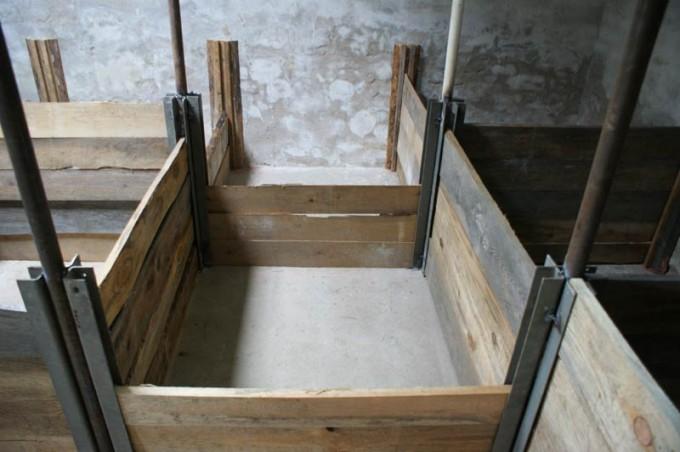 boxenstall selber bauen aufzuchtstall 05 pimp my bauernhof. Black Bedroom Furniture Sets. Home Design Ideas