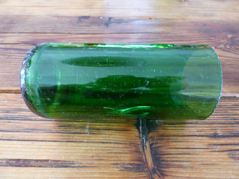 flaschen schneiden flaschen schneiden lernen karmadeal. Black Bedroom Furniture Sets. Home Design Ideas