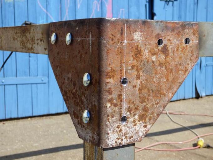 tisch selber bauen bohlen stahl rustikal industrial style esstisch 01