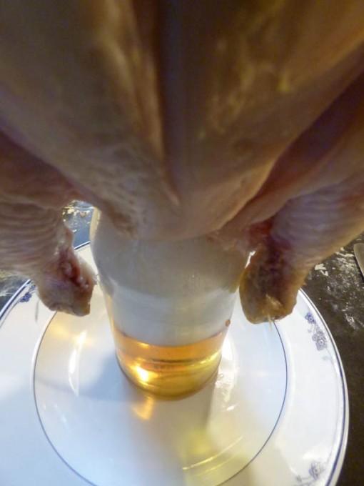 pulled chicken pork moppen ugly drum smoker smoken buchenholz feuer 01