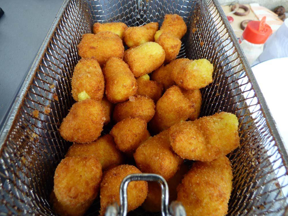 fritteuse-fritten-spaltkartoffeln-schnitzel-kroketten-2