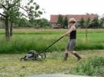 Die Rasenmäherfrau